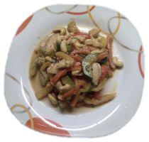 Cashew-Hähnchen-Pfanne